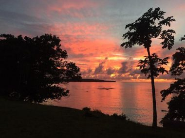 Unwind and relax at a sunset - top accommodation Espiritu Santo Vanuatu